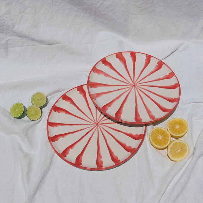 Pomelo Salad Plate Coral