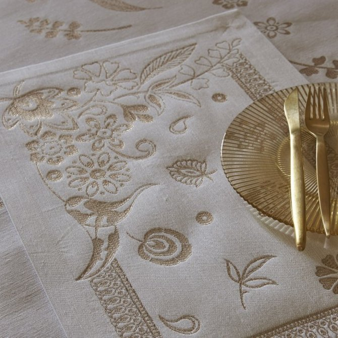 LJF Haute Couture Gold Placemat