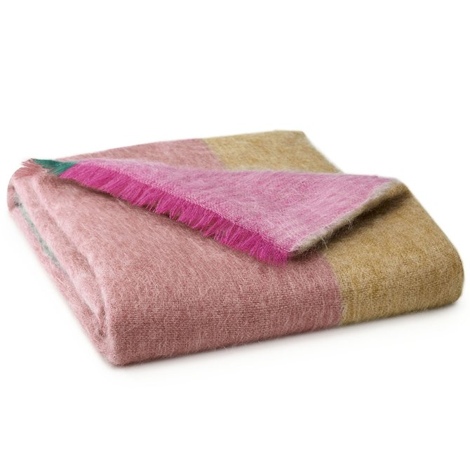 LJF Rovaniemi Cranberry Throw