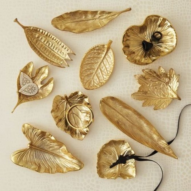 Two's Company Brass Foliage Dishes - EBE101-GS10