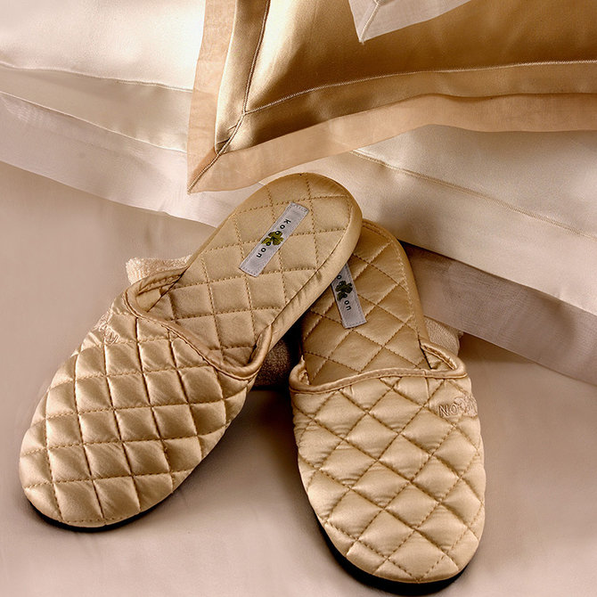 Kumikookoon Quilted Silk Slippers - Large, (J-10) Champagne