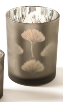 Two's Company Leaf Tealight - large