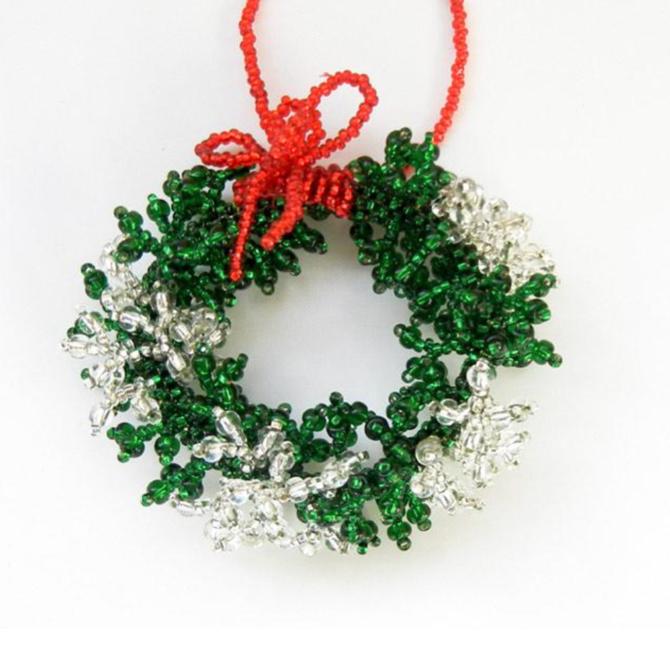Melange Snowy Wreath Ornament