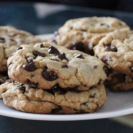 FOOD: Chocolate Chip Cookies (1/2 dozen)