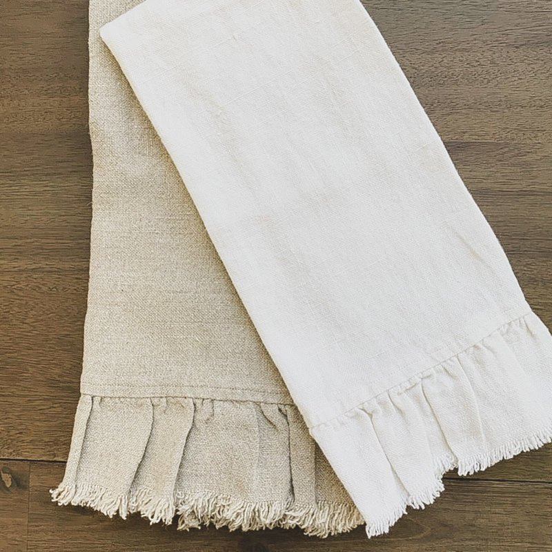 tumbled towel, ruffle and fringe off white