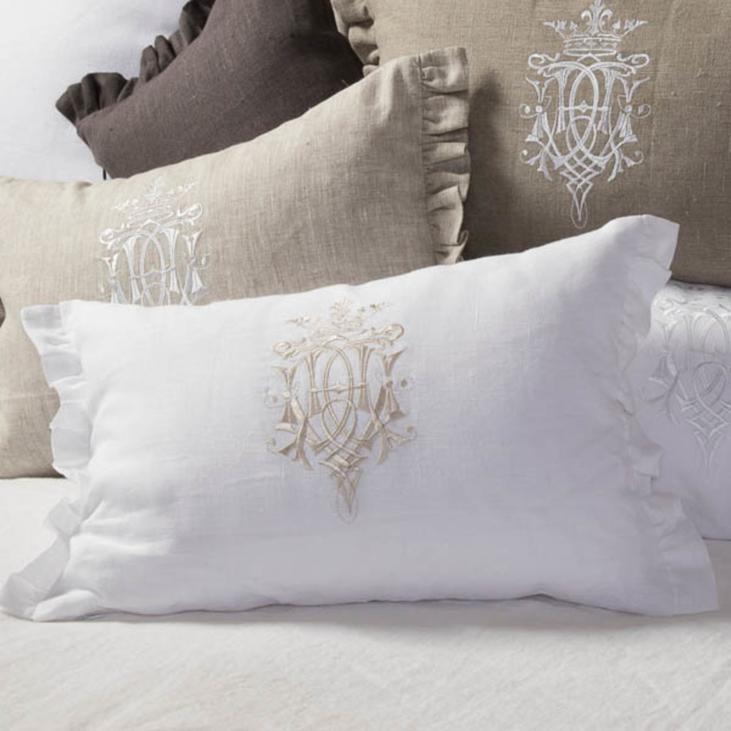 Decor pillow: Royal design taupe pillow with white embroidery