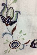 Tablecloth Floral Trimmed