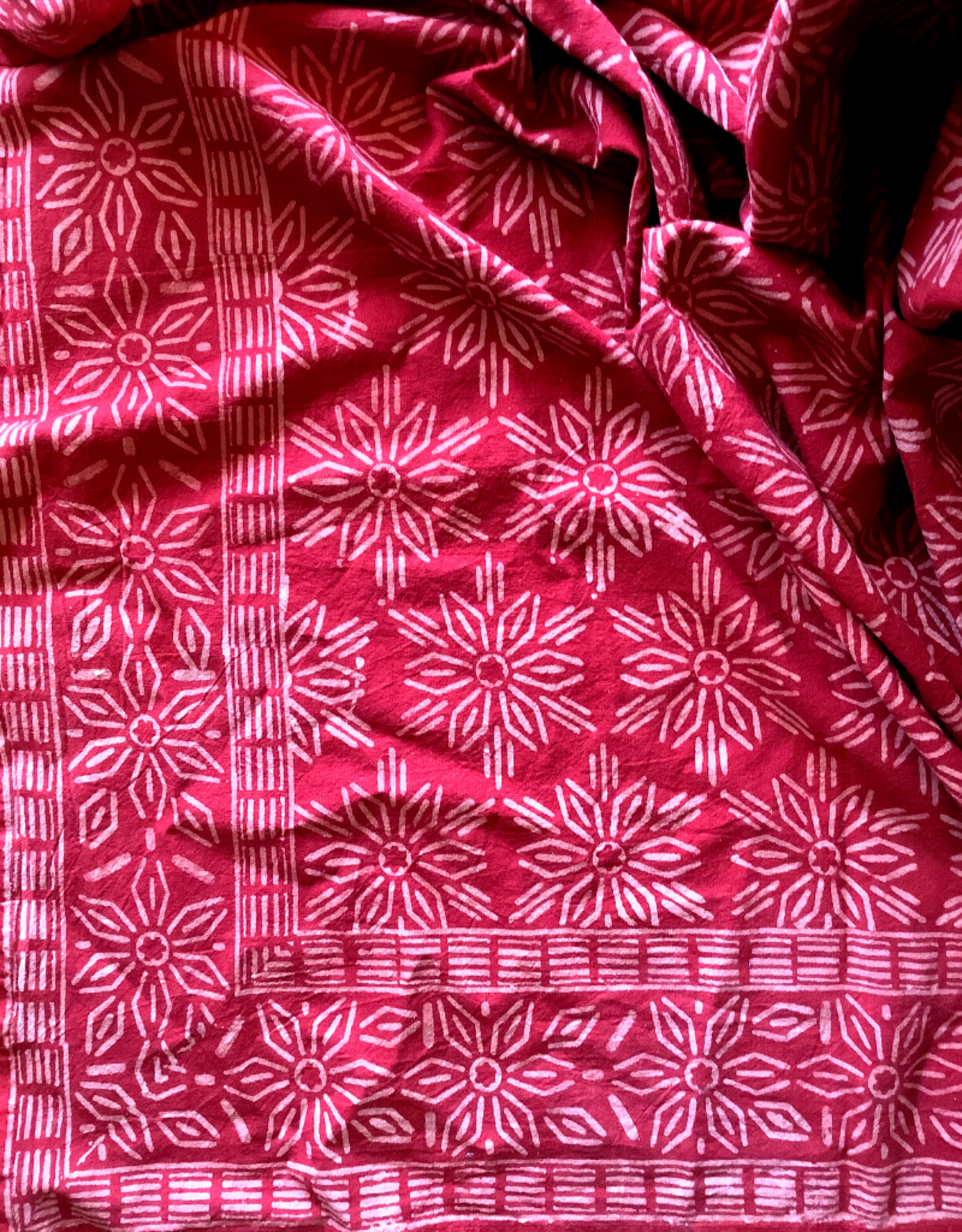 "Tablecloth,  Rust Snowflake, 152cm x 228cm / 60"" x 90"""