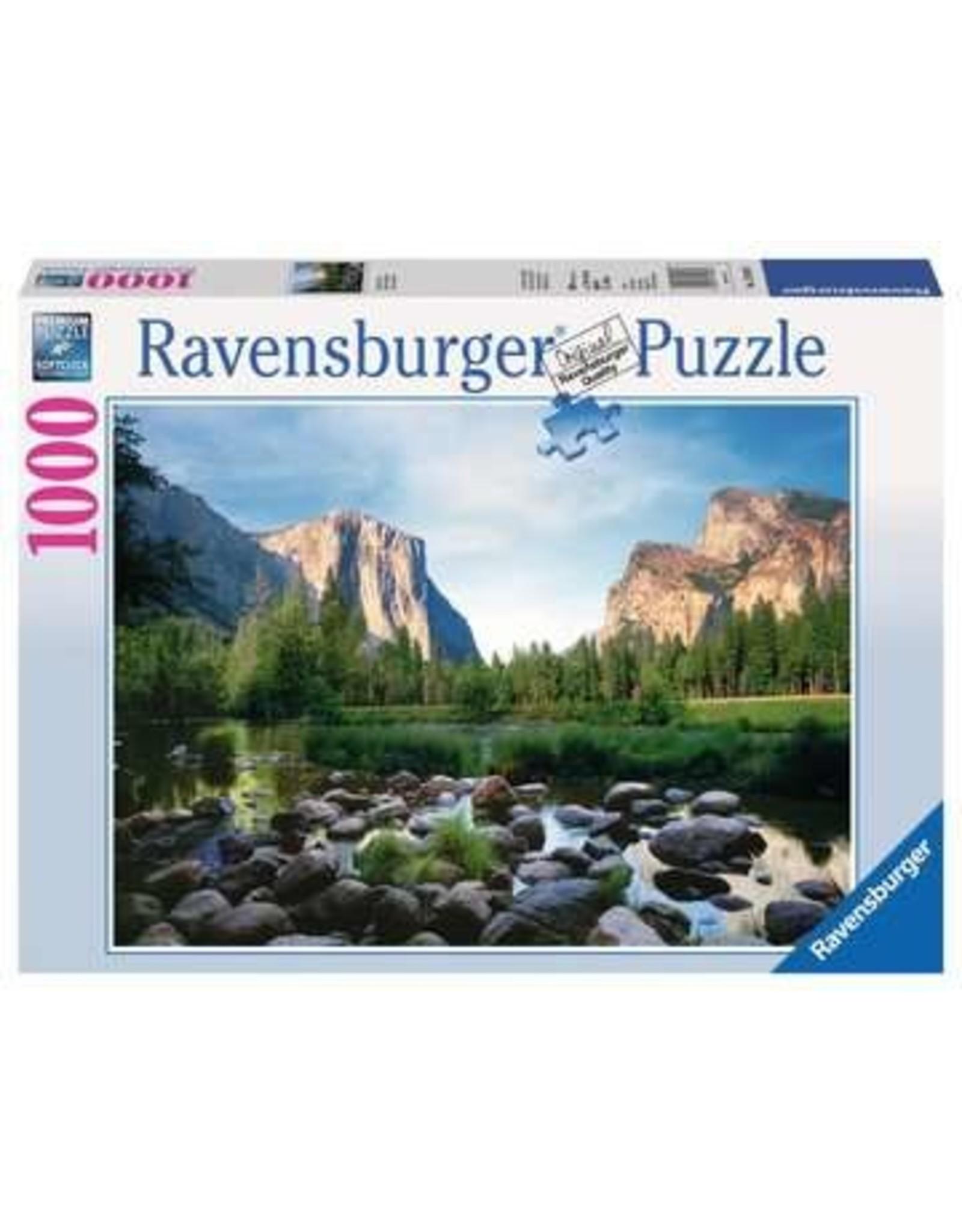 Ravensburger Yosemite Valley (1000 piece)