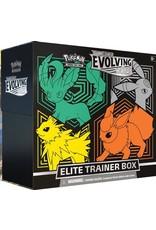 Pokemon Pokemon: Sword & Shield 7: Evolving Skies Elite Trainer Box