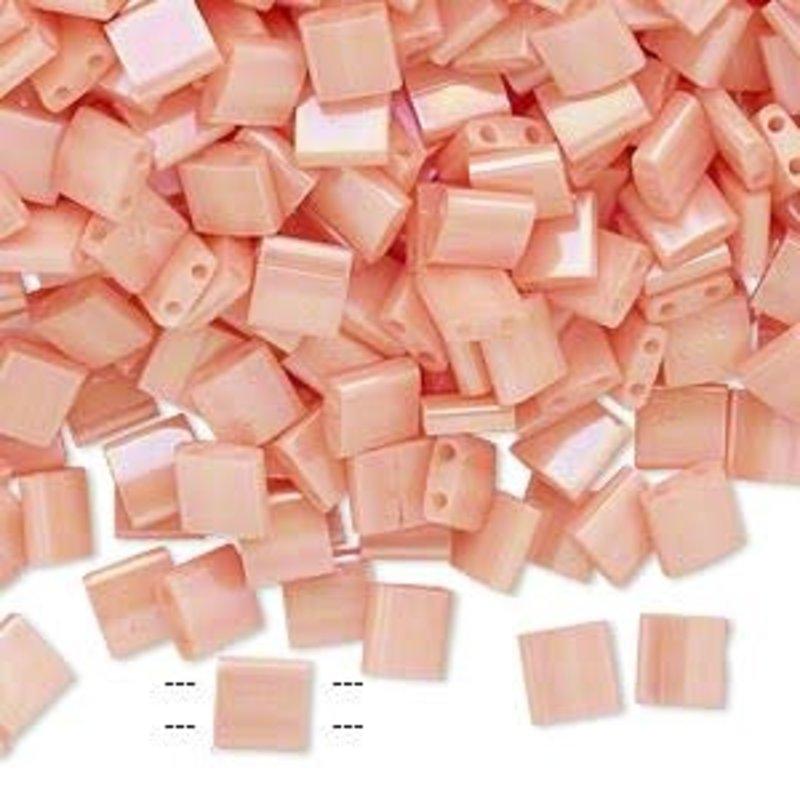 Miyuki Tila Opaque Lstr Rnbw Lt Peach 10Gms A1273