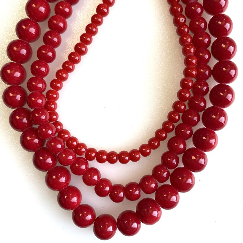 Glass Bead Strand Red