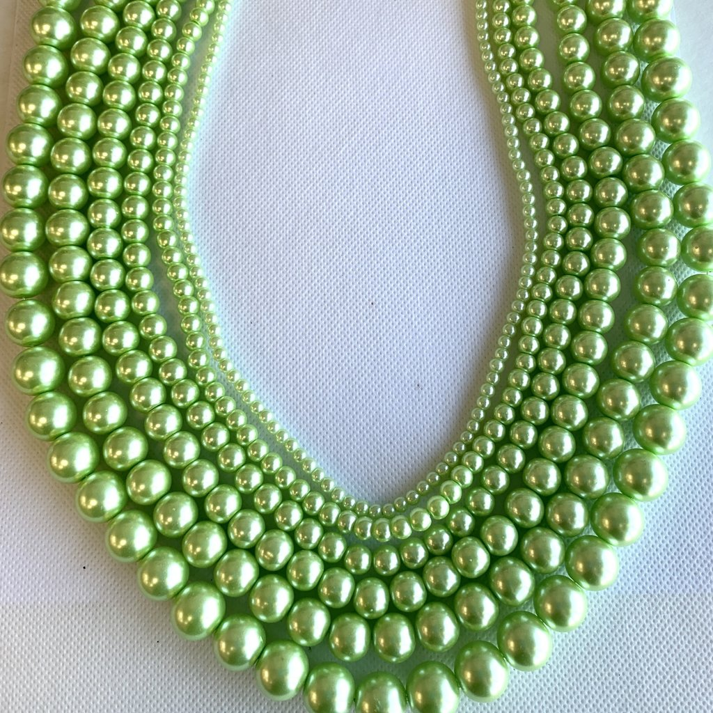 Bead World Glass Pearl Light Green