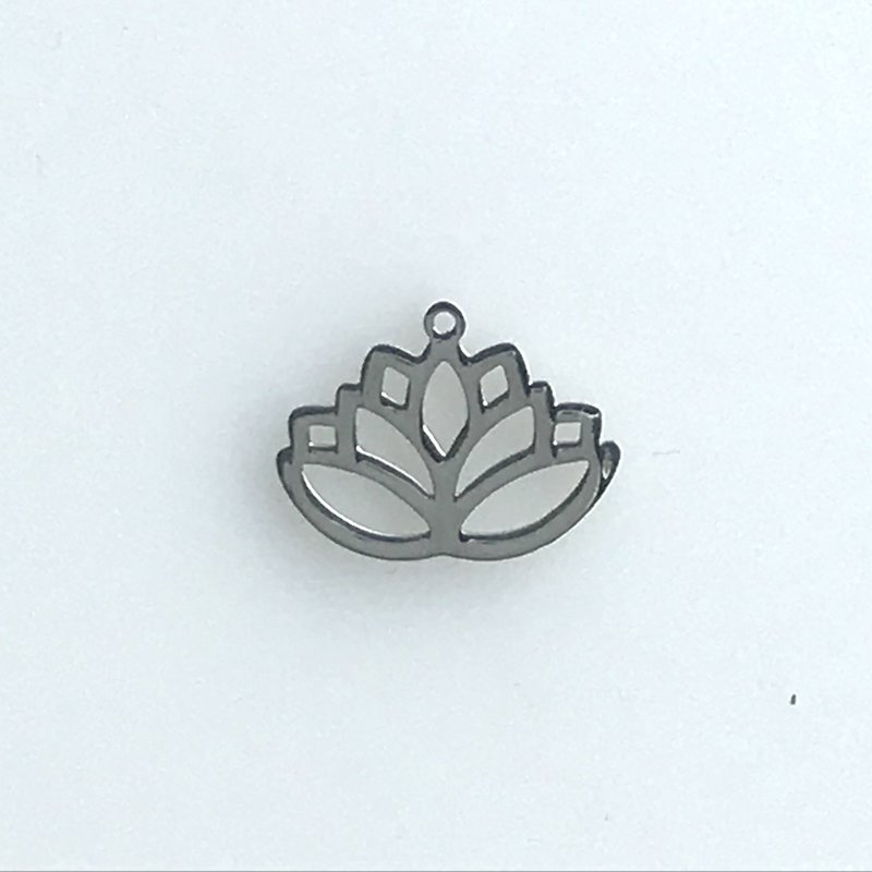 Bead World Lotus  Stainless Steel  13.6x18mm