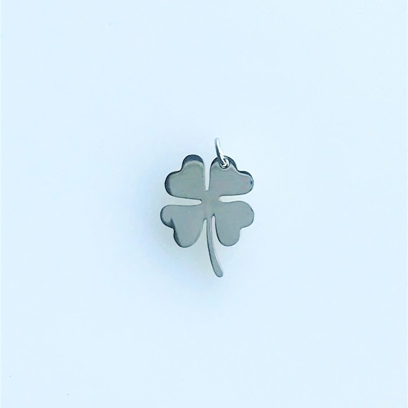 Bead World 4 Leaf Clover/Lucky Charm Stainless Steel  16x12.5mm
