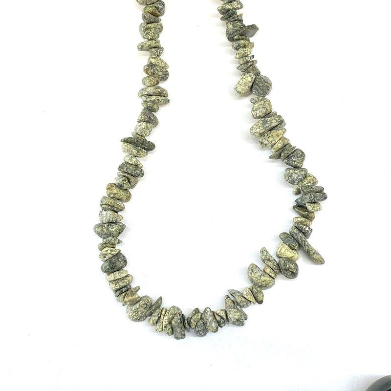 "Russian Serpentine  Stone Chip 36"" Strand"