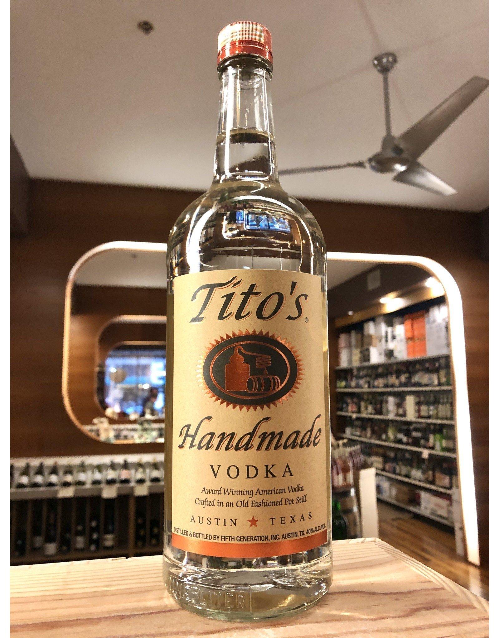 Tito's Vodka  - 1 Liter