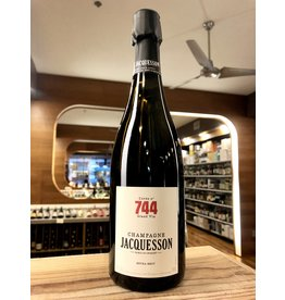 Jacquesson Cuvee 744 Extra Brut Champagne - 750 ML
