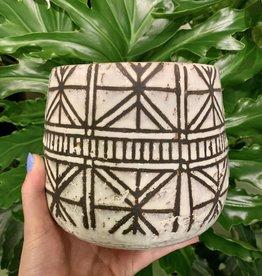 White Naima Pot