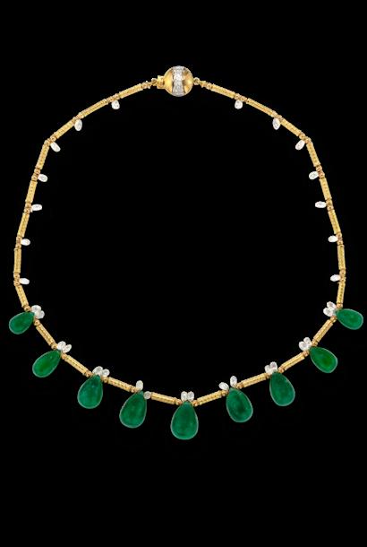 "Colombian Emerald Briolette & Diamonds Necklace - 16"""