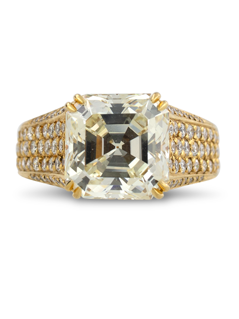 Asscher Cut Diamond Ring-1