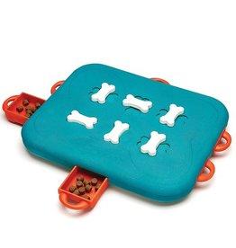Outward Hound Dog Casino Puzzle Toy