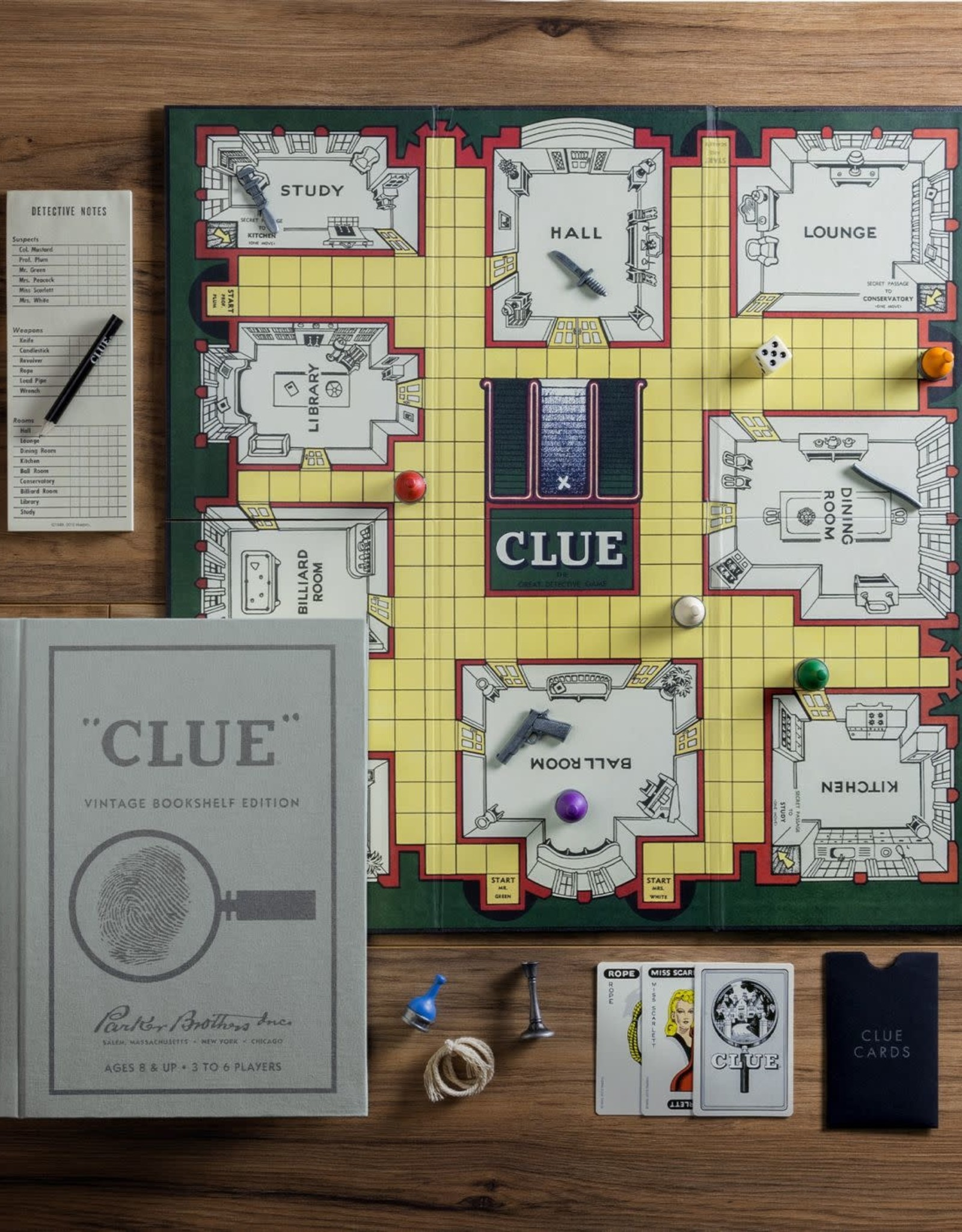WS Games Clue Vintage Bookshelf Edition
