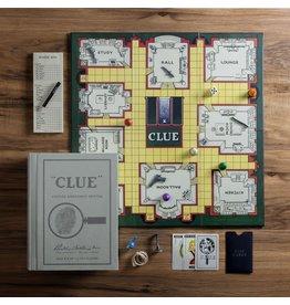WS Games Clue Vintage Bookshelf Edition