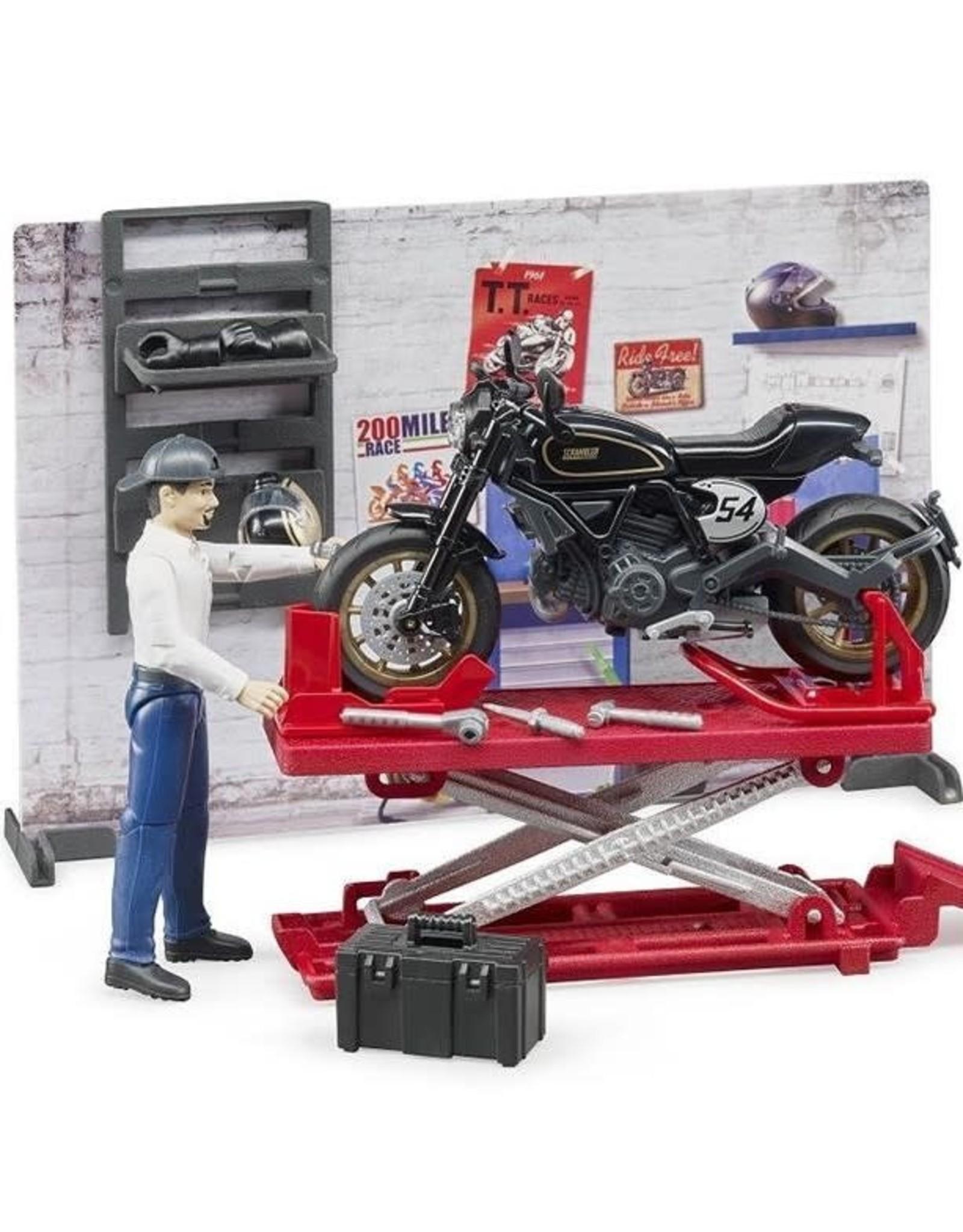 Bruder BRIOworld  Motorcycle Service Set