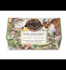 Michel Bunny Hollow Lg Bath Bar