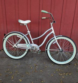 "Huffy 24"" kid's cruiser, silver"