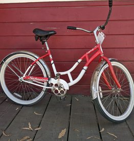 Schwinn Legacy medium cruiser