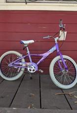 "Giant Taffy 20"" wheel"