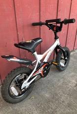 """Novara Stinger - 12"""" wheels"""
