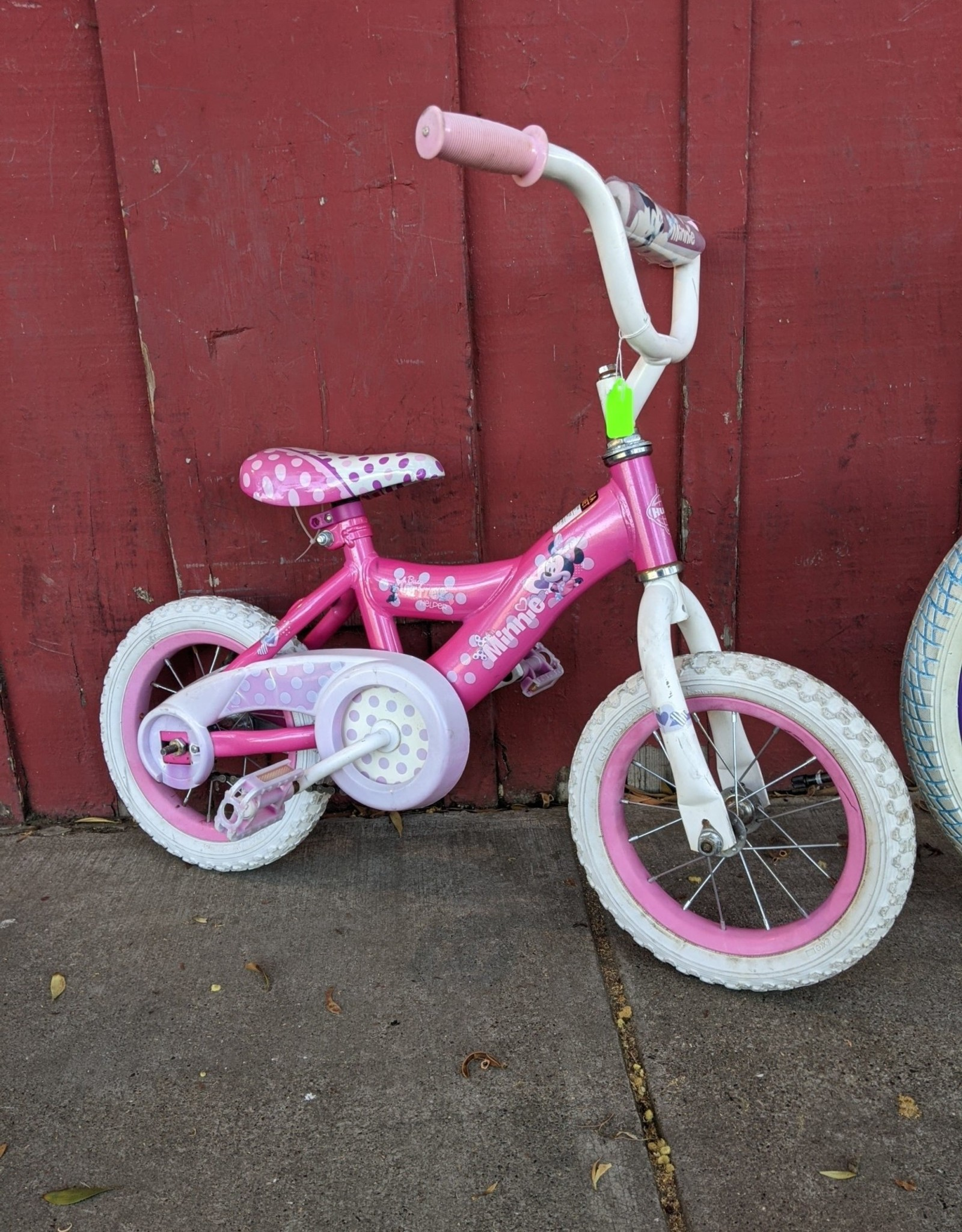 """Minnie Mouse 12"""" wheels"""