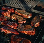 Viandex Bifteck de contre-filet dénudé (environ 8oz. ou 10oz.), congelé