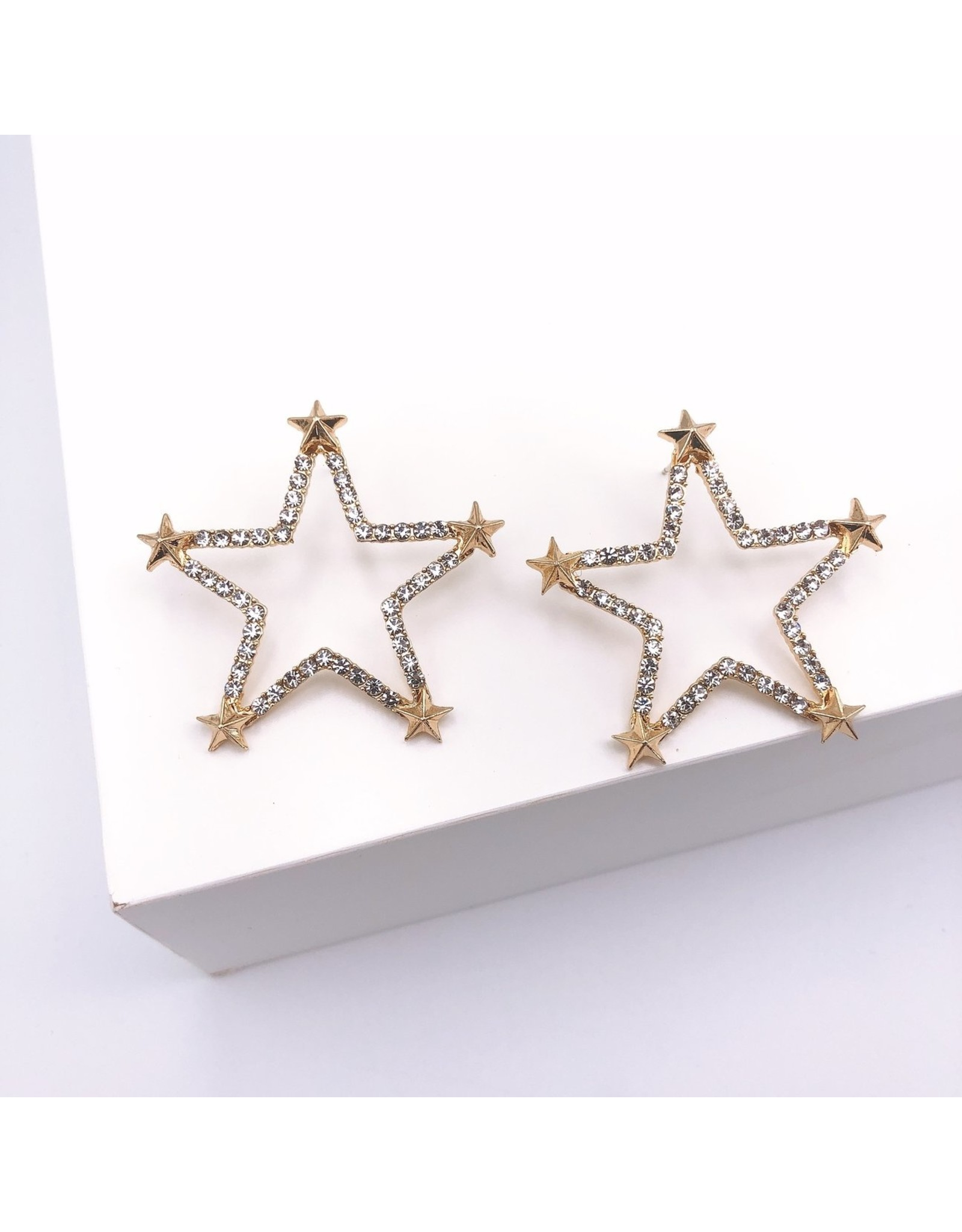 Treasure Jewels Twinkle Little Star Earrings