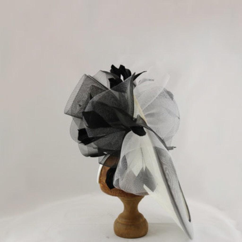 GIOVANNIO LARGE FASCINATOR WITH FLOWER TRIM