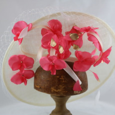 GIOVANNIO FASCINATOR WITH NET & FLOWERS