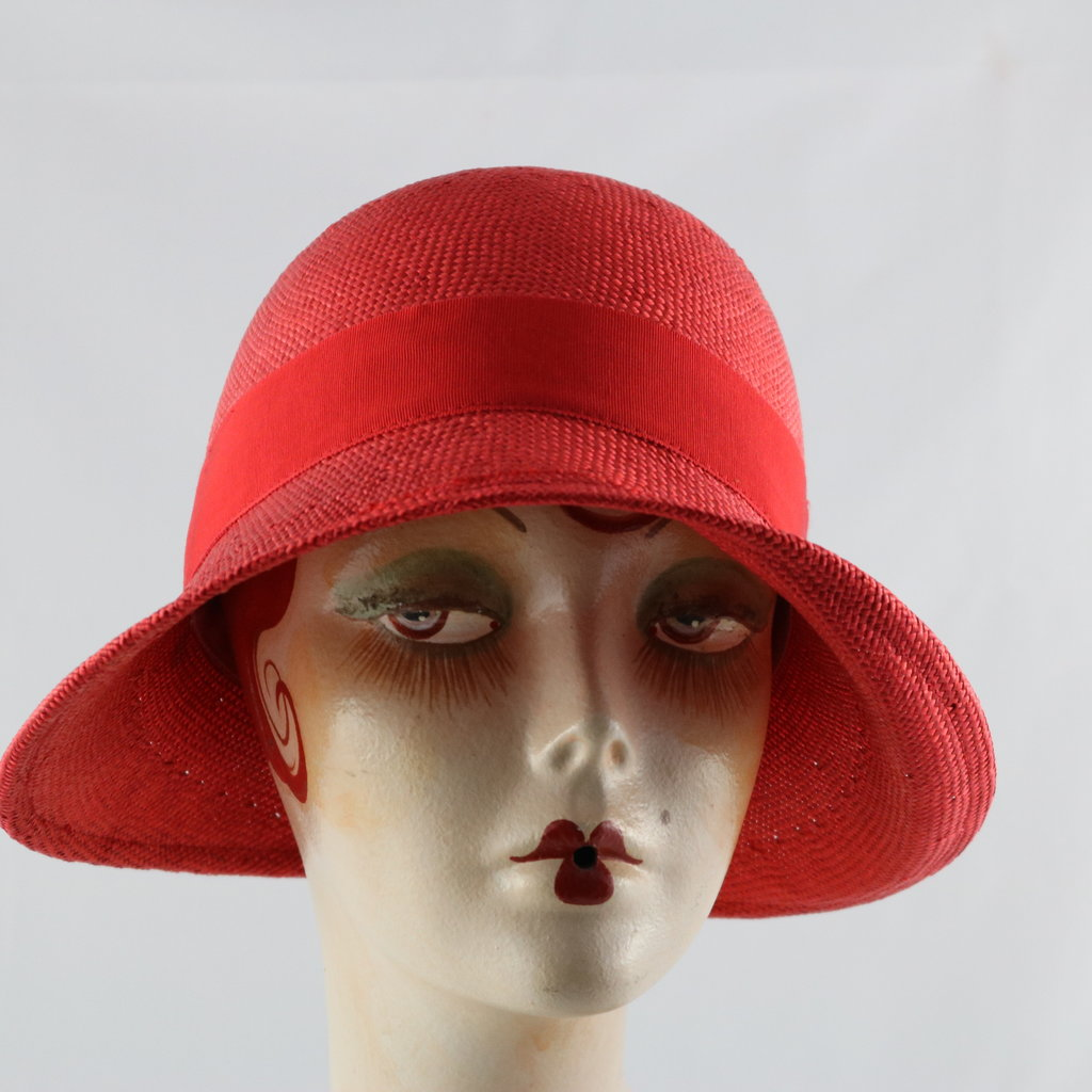 CANADIAN HAT DAISY CLOCHE