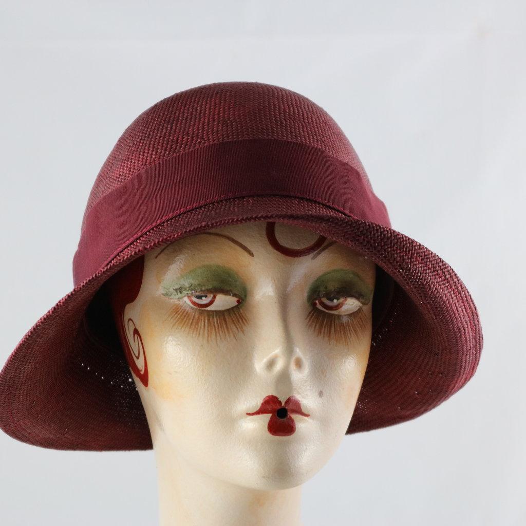 CANADIAN HAT DAISY CLOCHE