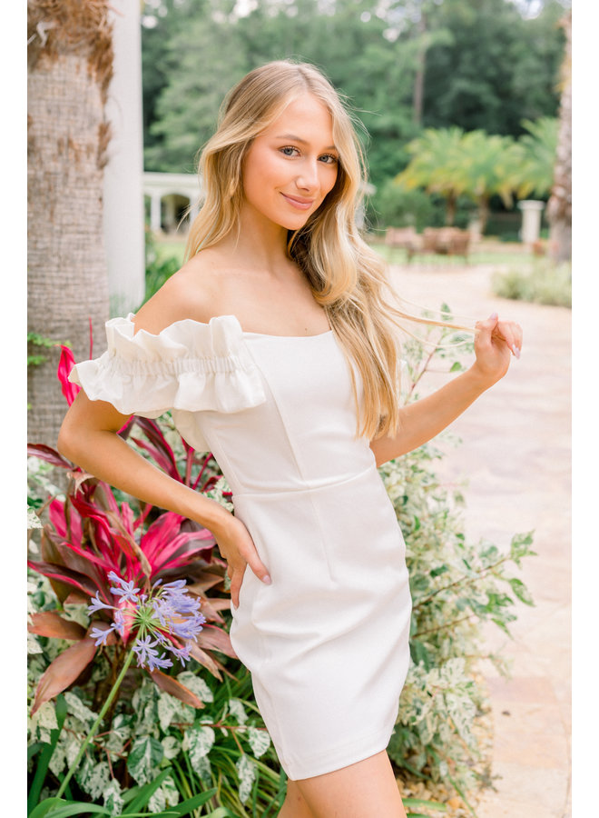 Hails' Night Out White