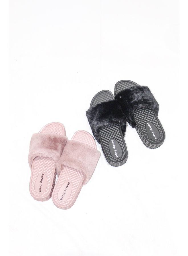 Full of Fluff Platform Slides Black