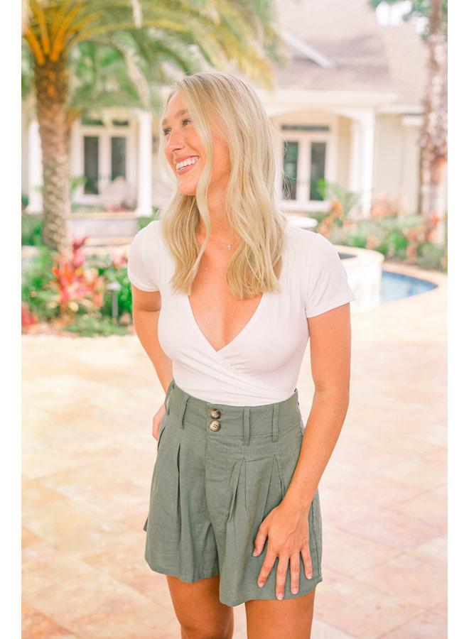 Olive Pleats On Me Linen Shorts