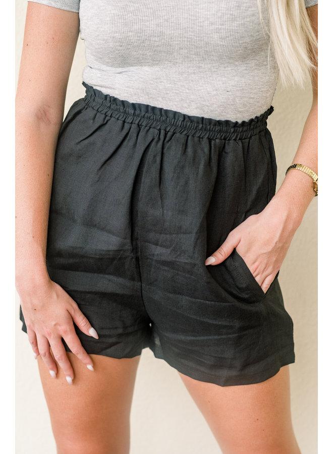 Super Highwaisted Barbie Shorts - Black