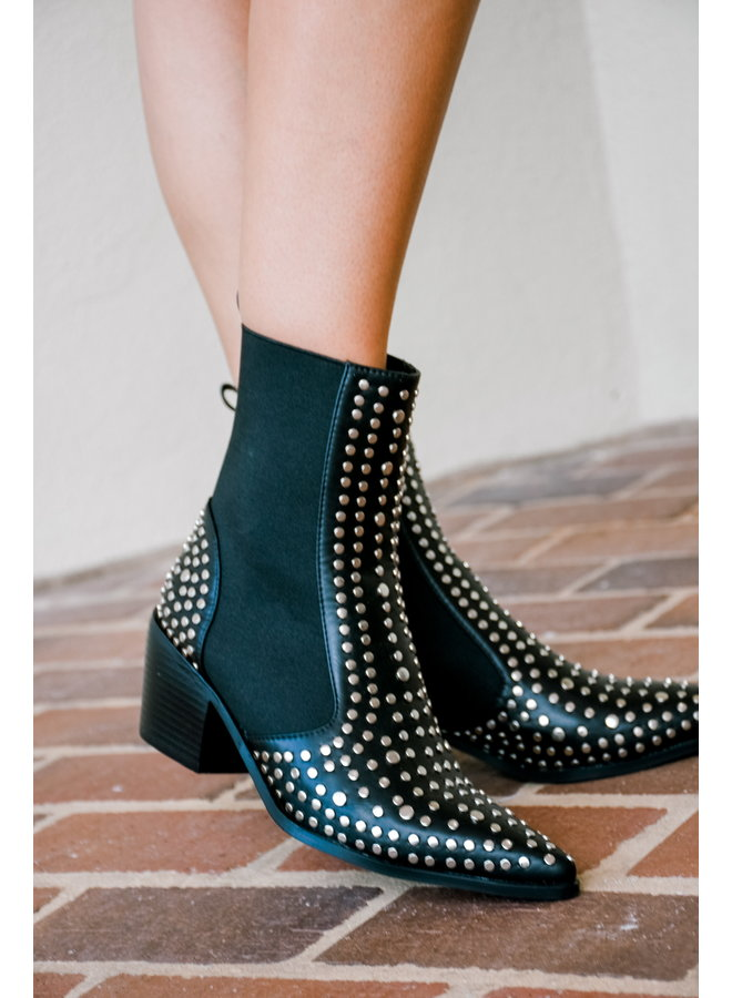 Stop n Stud Boots