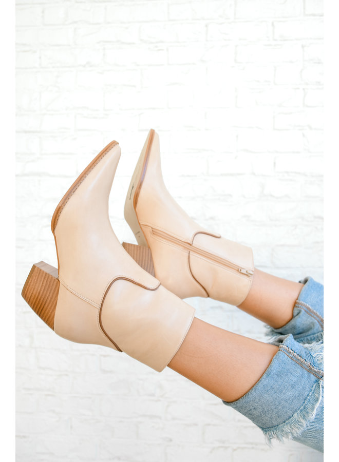 Amore Booties