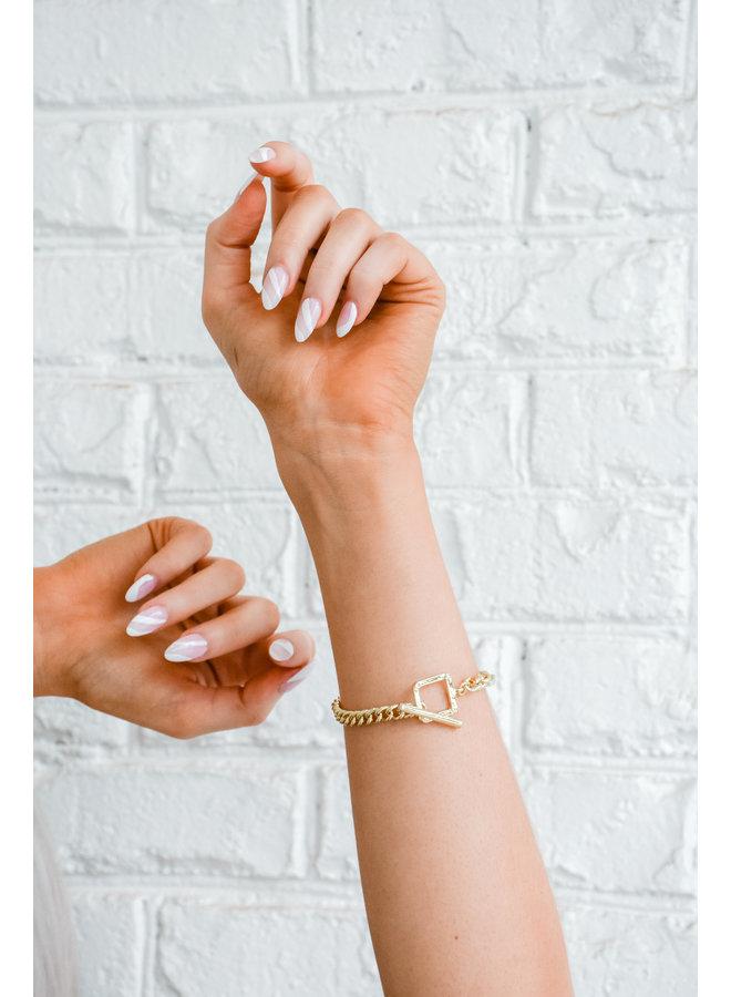 the Sophia Link Bracelet