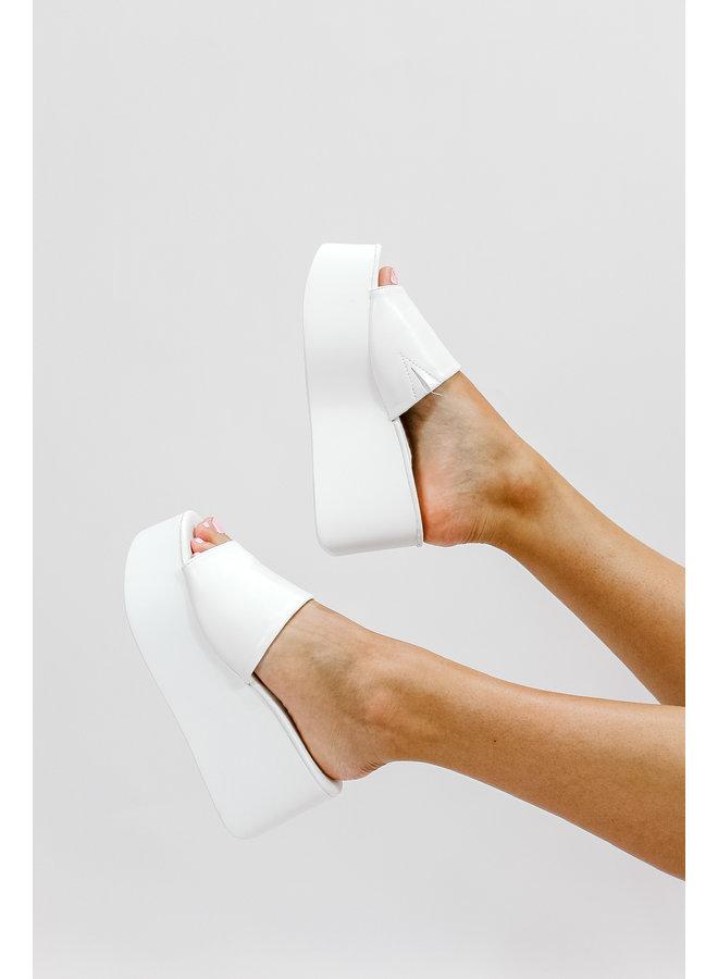 Hey Besties Platforms- White