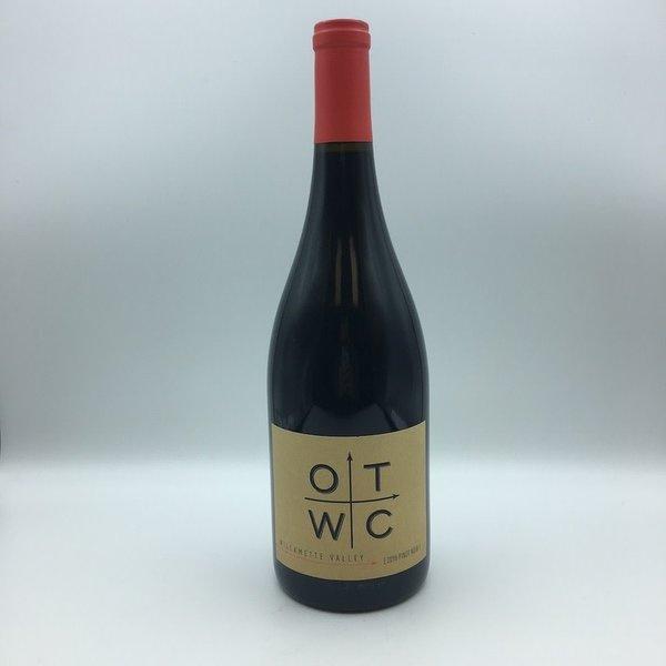 Oregon Trails Wine Company Pinot Noir 750ML